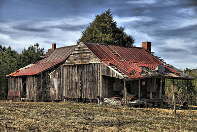 Photograph - Farm House by Greg Sharpe