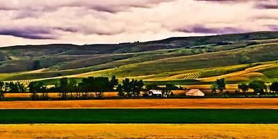 Photograph - Farm Of Pendleton  by Dale Stillman