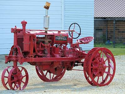 Photograph - Farmall F-20 by Bonfire Photography