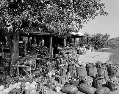 Bushels Photograph - Farmers Market With Bushel Baskets by Vintage Images