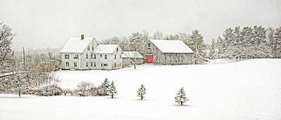 Photograph - Farmhouse On A Snowy Day by Donna Doherty