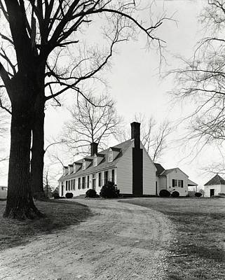 Winter Trees Photograph - Farmhouse On Belle Air Plantation by Ralph Bailey