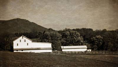 Photograph - Farming The Shenandoah  by Dan Sproul