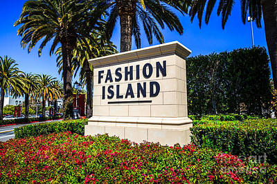 Upscale Photograph - Fashion Island Sign In Newport Beach California by Paul Velgos