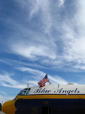 Photograph - Fat Albert And Flag by Bill Tomsa