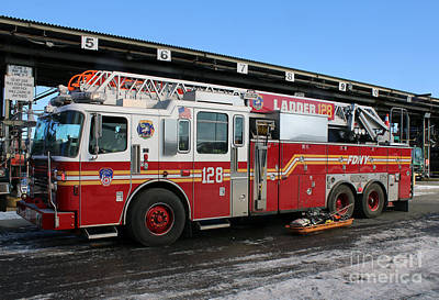 Photograph - Fdny Ladder 128 At 7 Alarm Fire by Steven Spak