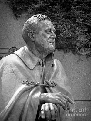 Fdr Statue At Fdr Memorial Art Print by William Kuta