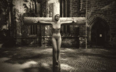 Crucifixion Wall Art - Digital Art - Female Martyr by Ramon Martinez