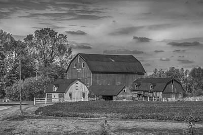 Photograph - Fenwick Barn 7k02210b by Guy Whiteley