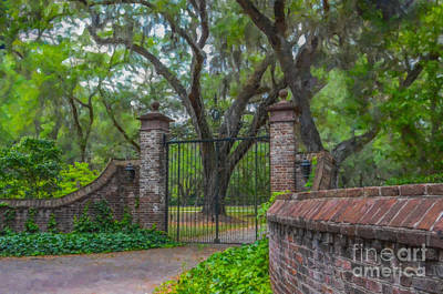 Photograph - Fenwick Hall Plantation Gates by Dale Powell