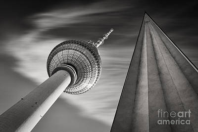 Fernsehturm Berlin Art Print by Rod McLean