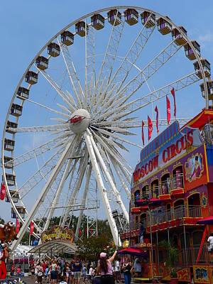 Photograph - Ferris Wheel by Jeff Lowe
