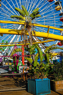 Photograph - Ferris Wheel by Robert Hebert