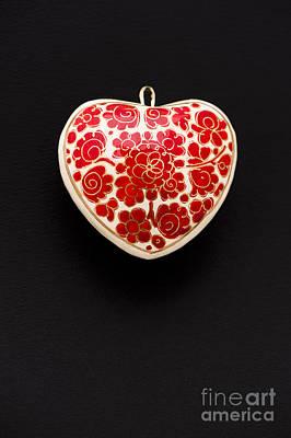 Papier Mache Photograph - Festive Heart by Anne Gilbert