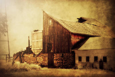 Country Chic Photograph - Field Stone Barn 2 by Julie Hamilton