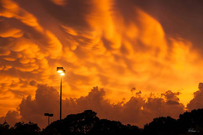 Mammatus Photograph - Fiery Mammatus Clouds In Ft. Worth by Bob Rapfogel