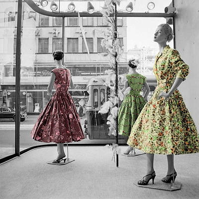 Display Window Photograph - Fifties Fashion by Andrew Fare