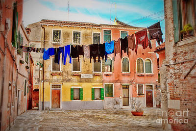 Photograph - Figareto Clothesline by Diane Enright