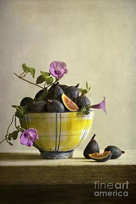Figs In Yellow Bowl Art Print
