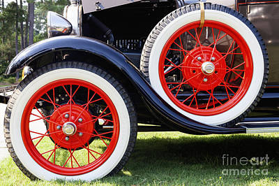 Photograph - Figure Eight Wheels by Diane Macdonald