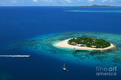Fiji - South Pacific Paradise Print by Lars Ruecker