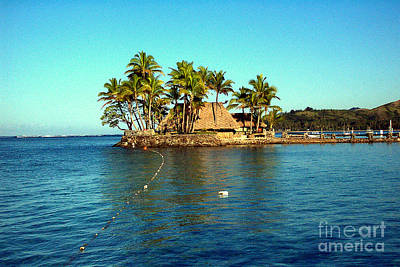 Photograph - Fiji Resort by John Potts