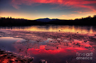 Fire And Ice At Price Art Print by Robert Loe