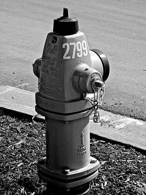 Photograph - Fire Hydrant 2799 B W by Jeff Gater