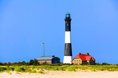 Photograph - Fire Island Lighthouse by William Wetmore