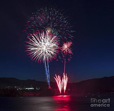 Photograph - Fireworks 7 by Sonya Lang