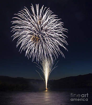 Photograph - Fireworks 8 by Sonya Lang