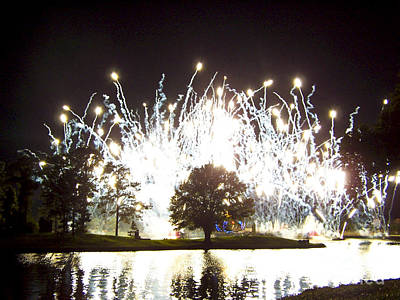 Photograph - Fireworks At Epcot 2 by Tom Doud