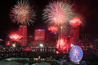 Photograph - Fireworks Over Baltimore by Chuck Robinson