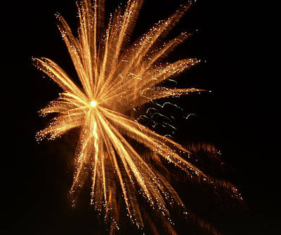 Photograph - Fireworks1 by Guillermo Rodriguez