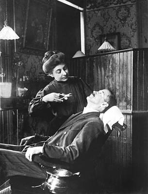 Dentist Photograph - First Women Dentists by Underwood Archives
