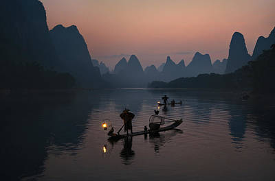 Dawn Photograph - Fisherman Of The Li River by Mieke Suharini