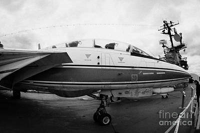 fisheye shot of Grumman F14 on the flight deck of the USS Intrepid Art Print by Joe Fox
