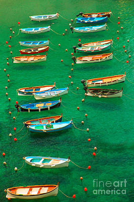 Fishing Boats In Vernazza Art Print by David Smith