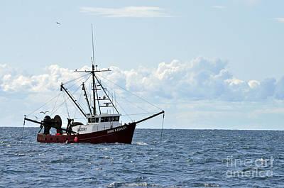 Photograph - Fishing Day by Doug Heavlow