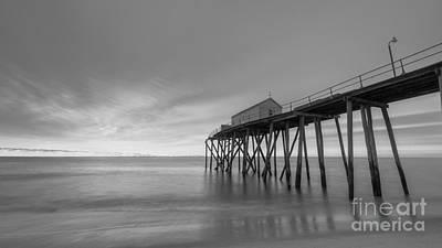 Fishing Pier Sunrise Bw 16x9 Original