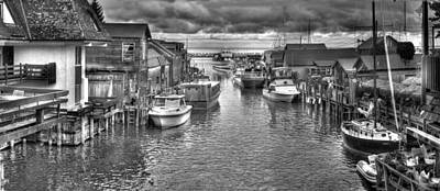 Leland Michigan Photograph - Fishtown Black And White by Twenty Two North Photography