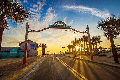 Flagler Avenue Beach Ramp At Sunrise Art Print