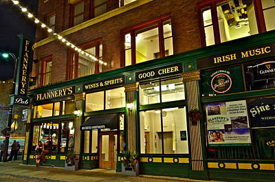 Flannerys Pub Print by Frozen in Time Fine Art Photography