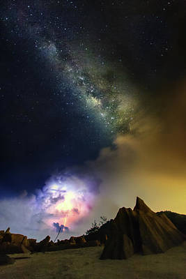 Photograph - Flash And Milky by Jemang  Images