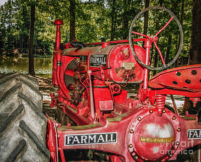 Flash On Farmall Art Print
