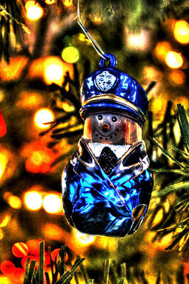 Police Christmas Card Photograph - Flatfoot by Ric Potvin