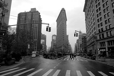 Photograph - Flatiron Building by Dustin  LeFevre