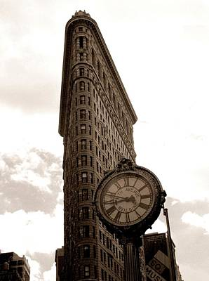Photograph - Flatiron Building by Liza Dey