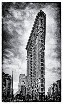 Flatiron Building - New York City Art Print by James Howe