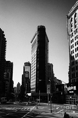Flatiron Building On Broadway 23rd Street And 5th Avenue New York City Art Print